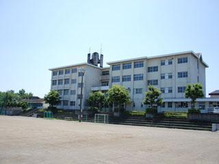 青島北中学校